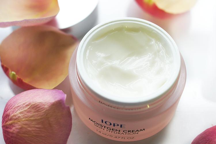 iope-moistgen-cream-hydration-korean