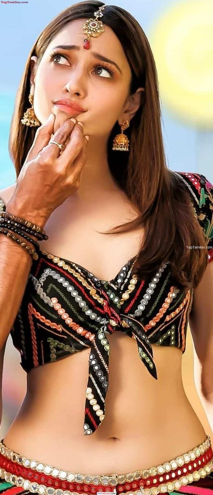 Actress Tamanna Hot Navel Show Photos-Sexy Belly Pictures