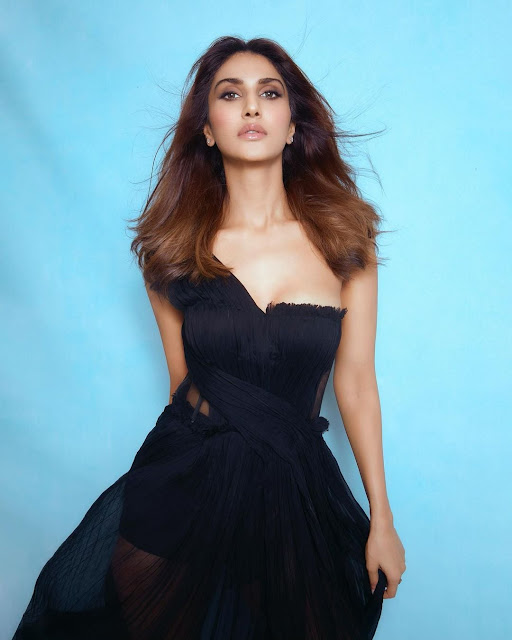 Actress Vaani Kapoor Latest Photos in Black Dress Actress Trend