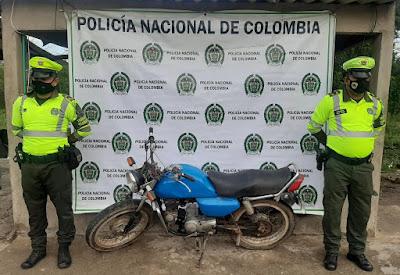 https://www.notasrosas.com/Portaba Licencia de Tránsito Falsa, al desplazarse por vías de La Guajira