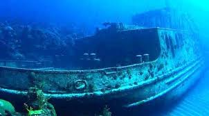 kuburan kapal di bali