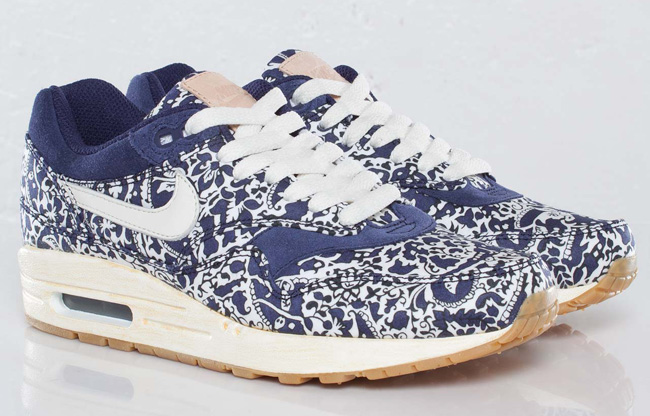 1 X Liberty Issue01Nike Air Max 76IfvmyYbg