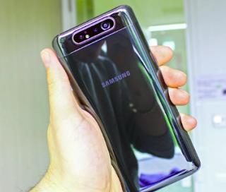 merupakan barang yang istimewa berdasarkan admin Kelebihan dan Kekurangan Samsung A80 yang Belum Kamu Tahu