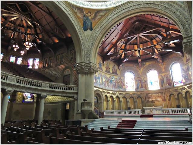 Interior Stanford Memorial Church