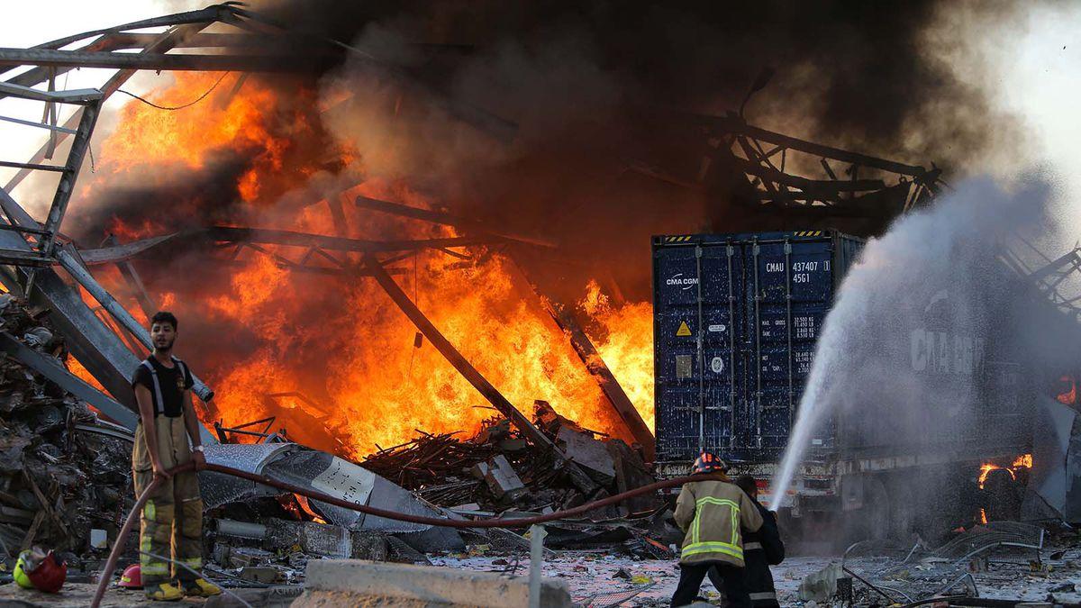 बेरुत धमाका: लेबनान की राजधानी बेरुत में बड़ा धमाका, मरने वालों की संख्या बढ़कर 100 हुई