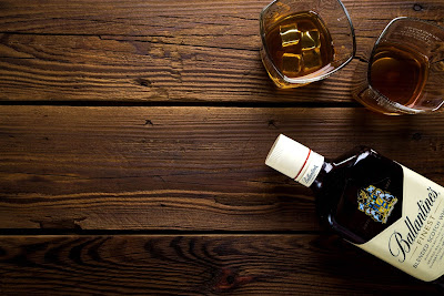 Free stock photos of food and high quality - Whisky Glasses Wood Table free image.