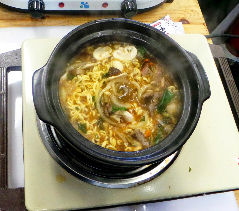 instant noodle king nongshim korean clay pot ramyun