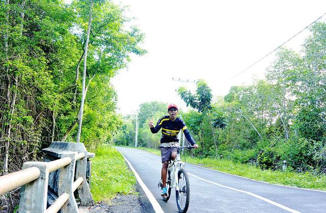 Ayo sepedaan di Karimunjawa