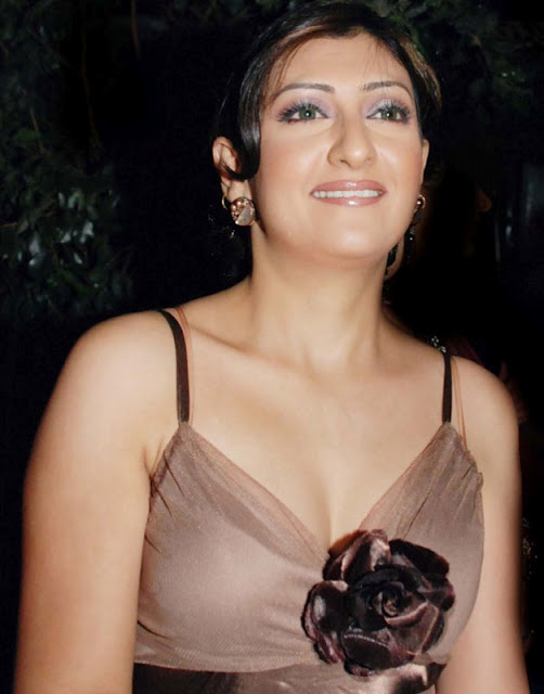 Desi girls bollywood hot pictures and actresses