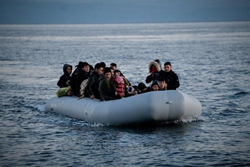 Μυτιλήνη: Ακόμη 56 πρόσφυγες περισυνελέγησαν από το Λιμενικό