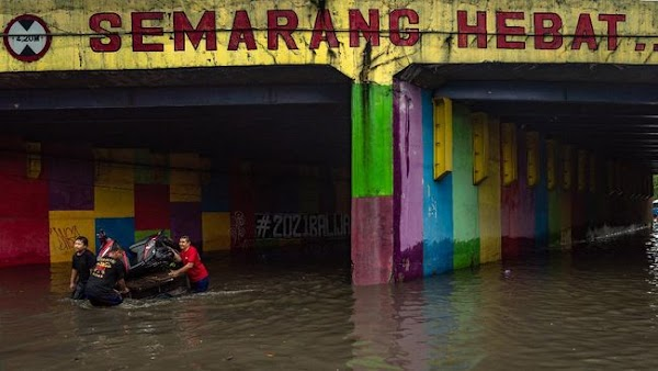 Ganjar Ungkap Penyebab Banjir Semarang: Problem Administrasi