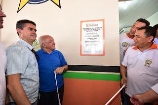 Governador do Amazonas, professor José Melo, anuncia investimentos para asfaltar ramais e ruas de Rio Preto da Eva e verba de R$ 5 milhões para a Educação do município