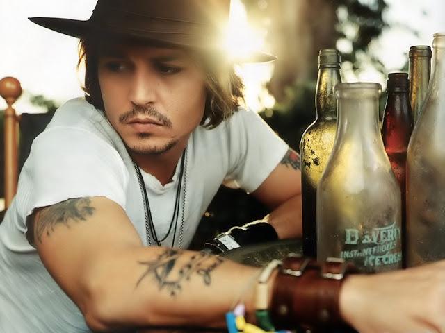 News: Biografia de Johnny Depp sai no Brasil. 7