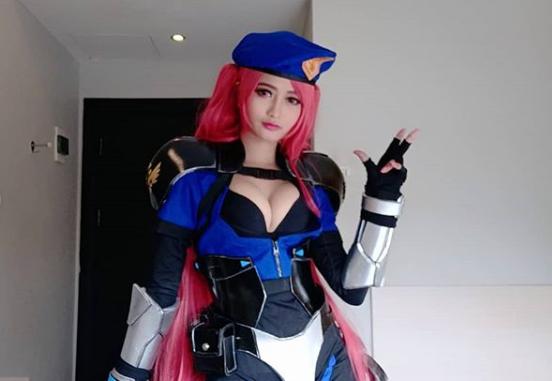KameAam, Cosplayer Seksi dan Cantik Indonesia