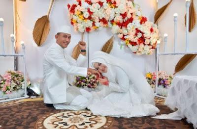 polisi aceh utara menikah dengan bidan cantik mahar 100 manyam emas
