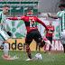 Flamengo sofre com gramado encharcado e perde para o Juventude no Brasileirão