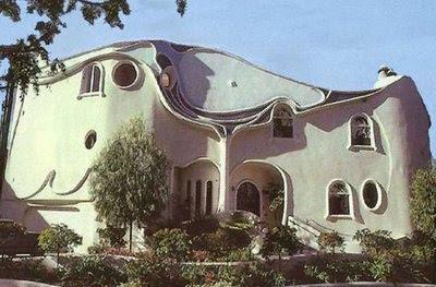 gambar rumah pelik dan unik