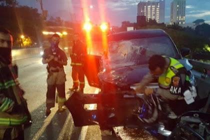 Di duga tabrak fly over pasutri pengemudi mobil tewas