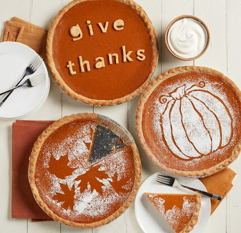 AD. Multiple Ways to Make Thanksgiving Stress Free with Hy-Vee #HyVee