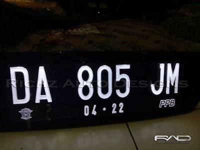 variasi plat nomor mobil