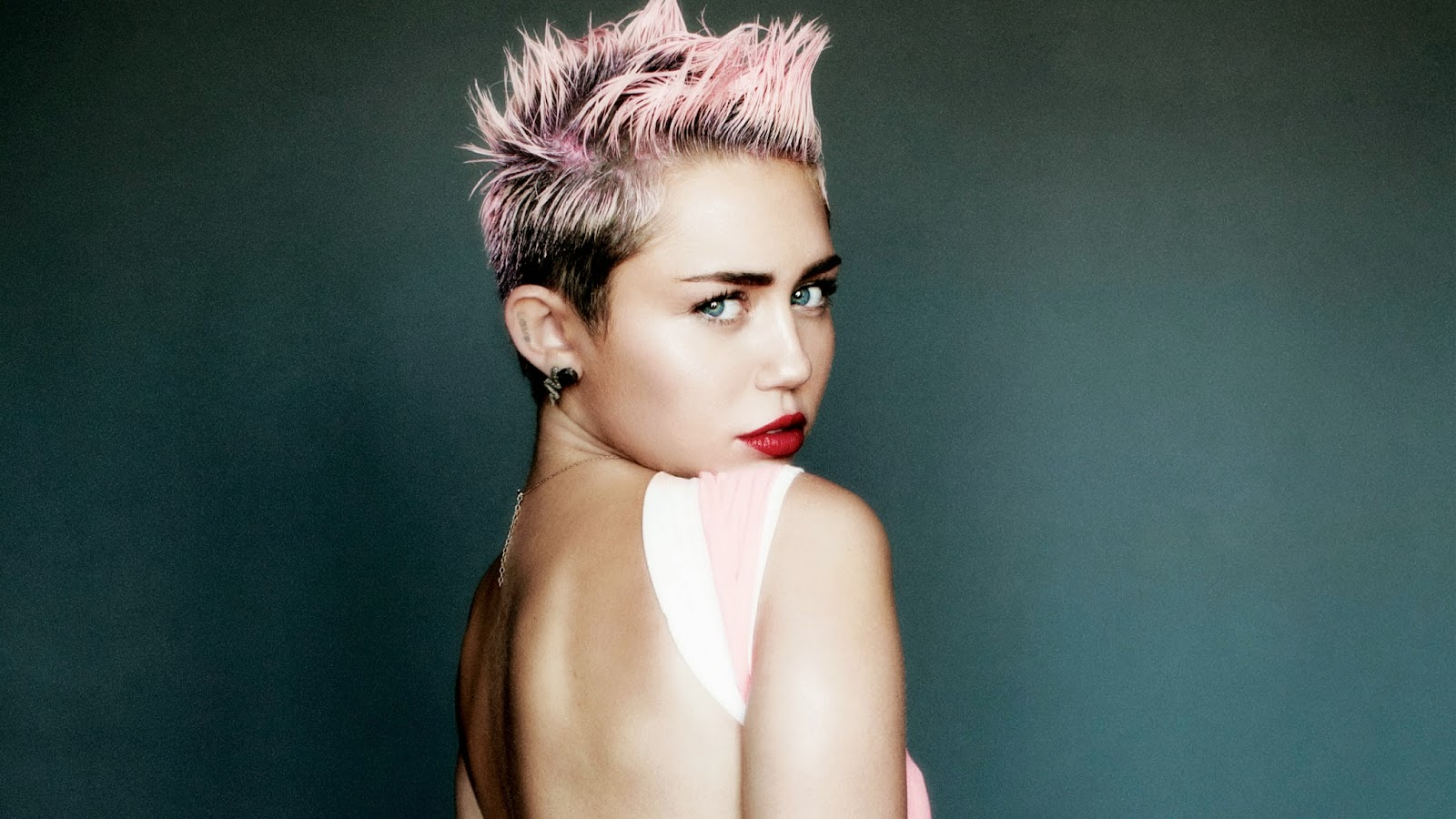 Miley Cyrus Pictures Photos