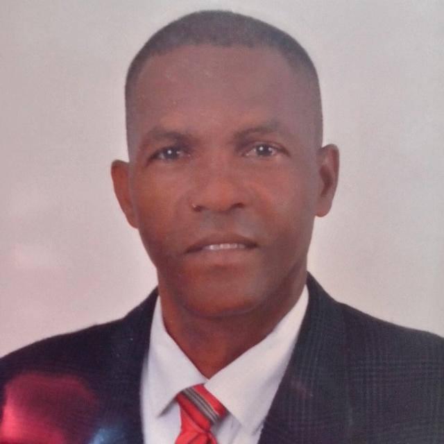 Ex teniente coronel de la Policía aspira a ser diputado por Barahona