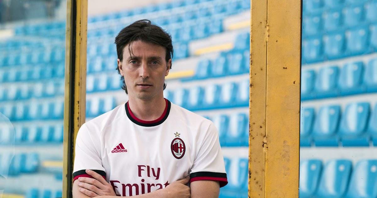 AC Milan 17-18 Away Kit Released - Footy Headlines