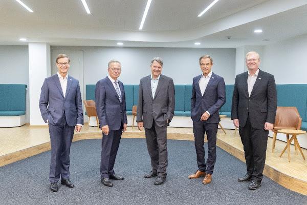 Mudanças no conselho da administração da Robert Bosch GmbH e Robert Bosch Industrietreuhand KG