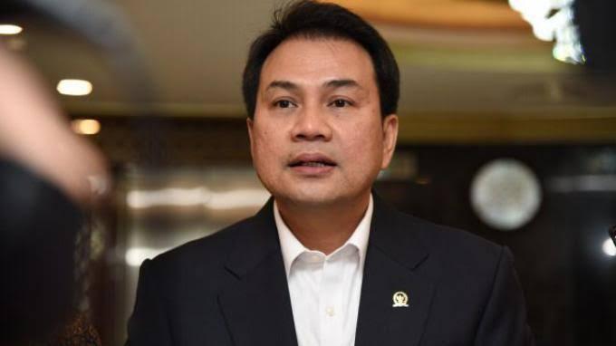 Pimpinan DPR Mengaku Hanya Cek Acak Draft Final UU Ciptaker