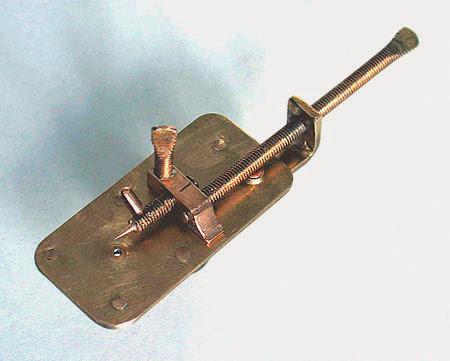 Mikroskop buatan Antoni Van Leeuwenhoek