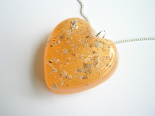 Colourful pendant for ashes (the memorial pendants can be coloured to any colour)
