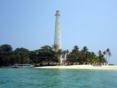 Romantisme Pulau Lengkuas