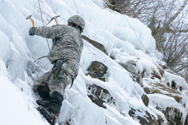 Zimowe szkolenie wysokogórskie  organizowane przez NaszaFarma.org