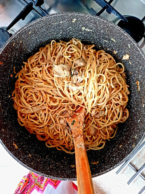 spaghetti z boczniakami w śmietanie, makaron z grzybami,spaghetti,kuchnia włoska, z kuchni do kuchni,to blog kulianrny,obiad,ranzo italiano,