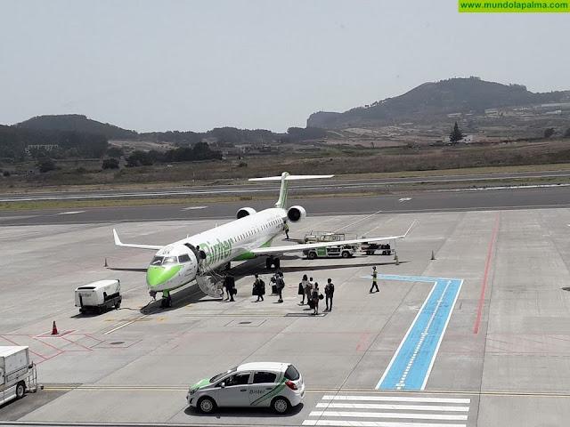 Canarias prepara una cumbre con Baleares, Ceuta y Melilla para analizar el coste de los billetes aéreos