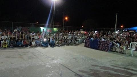 Arraiá do Padre Zé: evento junino de escola do bairro Caraíbas é realizado na quadra da comunidade