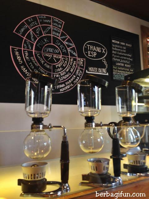 seniman coffee studio ubud bali 1