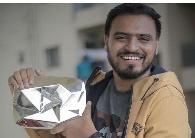 amit bhadana with  diamond play button