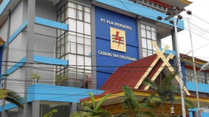 Perbaikan Tiang Listrik, PLN Tanjungpinang Lakukan Pemadaman Bergilir