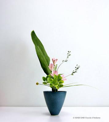 Ikebana-rikka-wabisabi-escoladikebana
