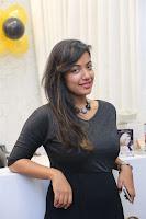 Sakshi Agarwal Inaugurates Ace Studioz Salon & Spa  0004.jpg