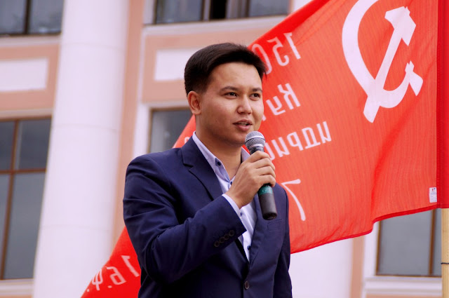 Кандидат в Госдуму от КПРФ, депутат Народного Хурала Бурятии Баир Цыренов