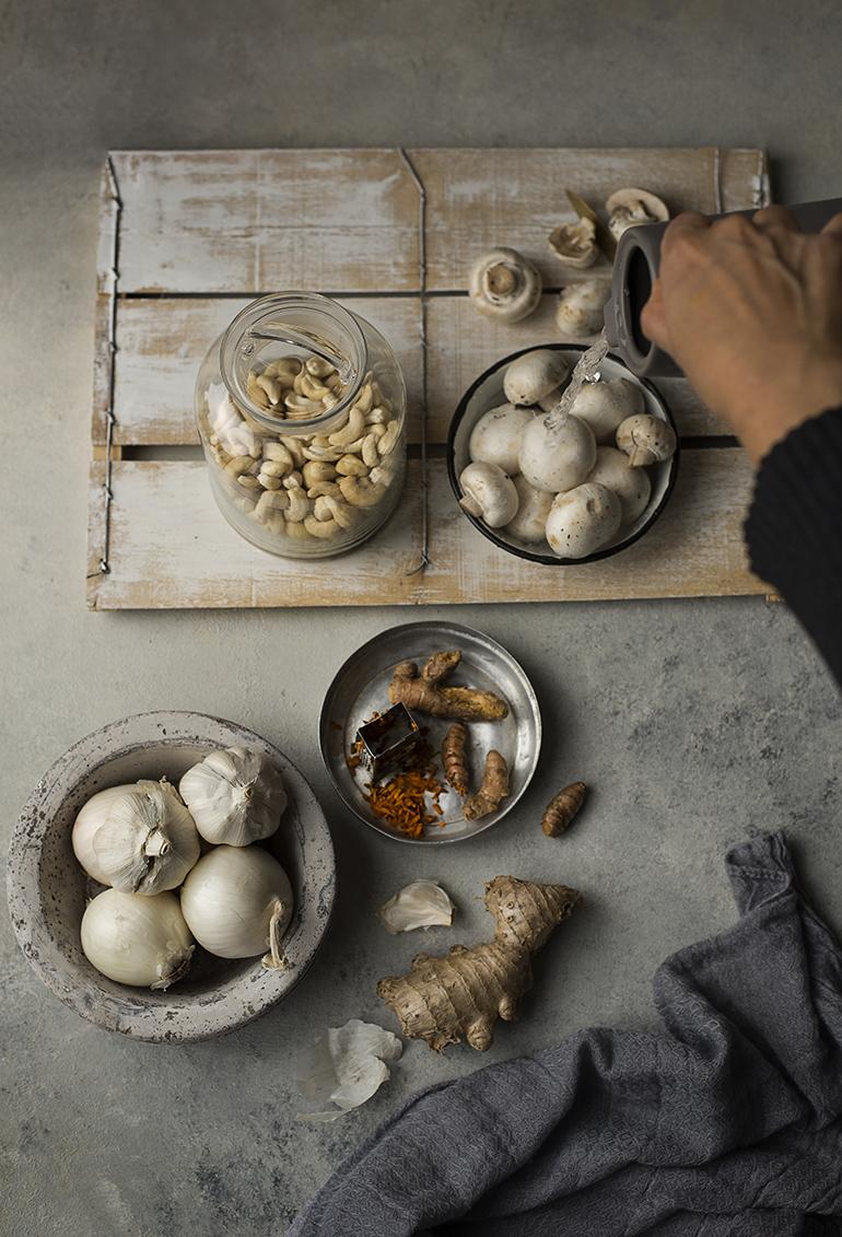 Creamy Mushroom Curry / Malai Methi Mushroom - Photo : Simi Jois
