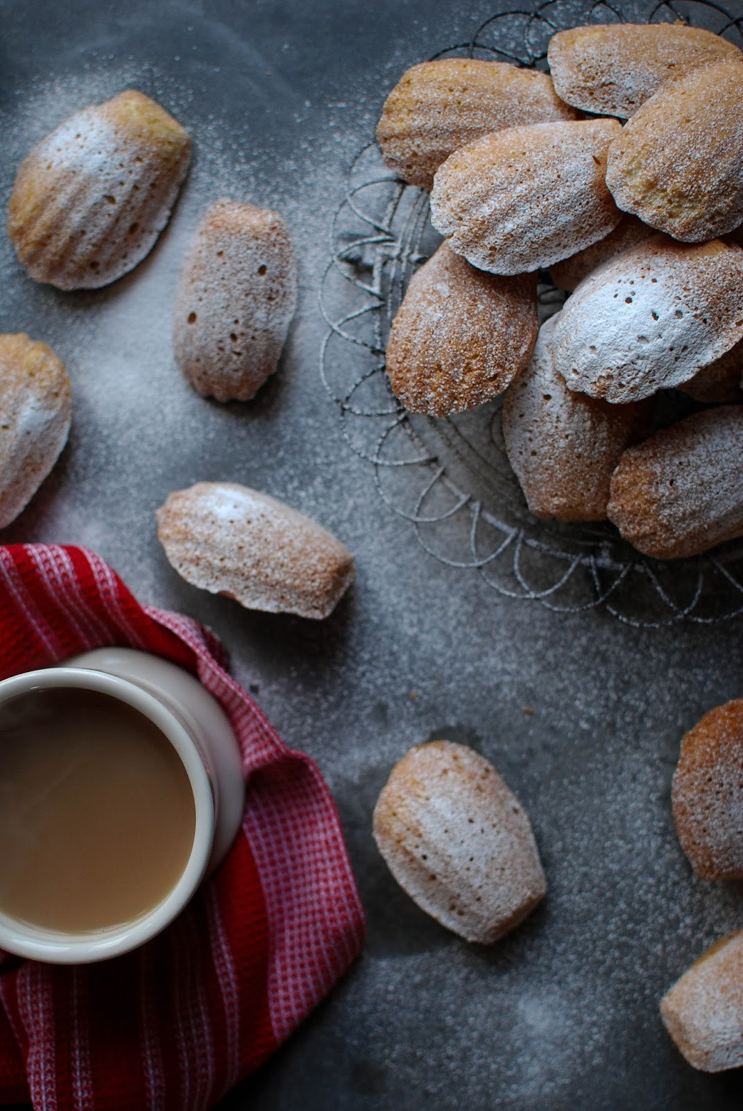 Lemon Madeleines, delicate shell shaped tea cakes perfect for dipping in your cuppa.