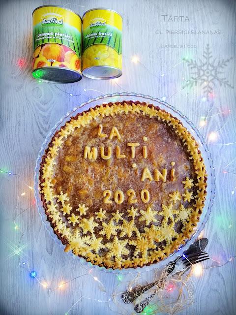 Tarta cu umplutura de piersici si ananas Sun Food, perfecta pentru masa de Anul Nou