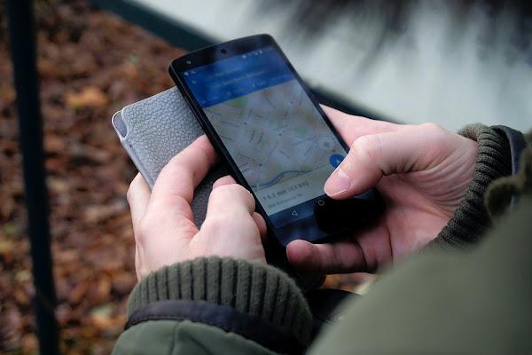 Conheça os novos recursos do Maps para o ajudar a viajar em segurança