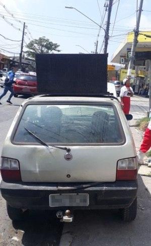 PM apreende carro com 3 mil multas e R$ 54,7 milhões em débitos