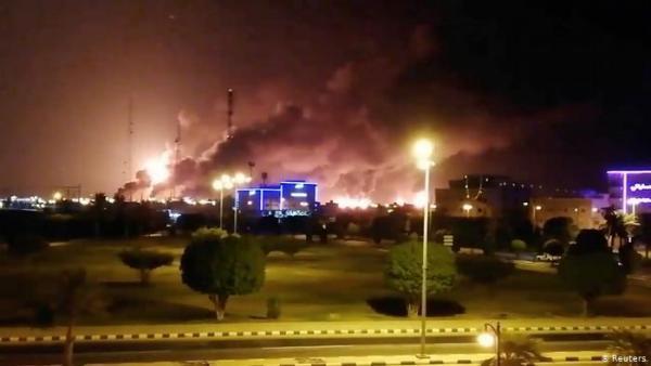 إيران مُتهمة والعراق ينفي.. مَن قصف منشآت أرامكو السعودية؟