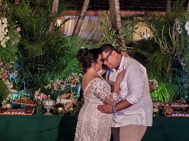 Anderson Freire celebra 16 anos de casamento com Raquel
