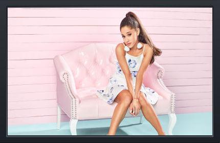 Ariana Grande Pink - Fond d'Écran en Ultra HD 4k